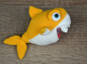 Crochet Baby Shark Family – Free Pattern