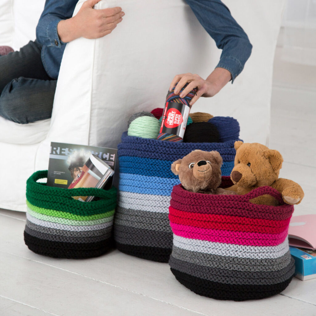 Beautiful Knitting Basket - Free Patterns