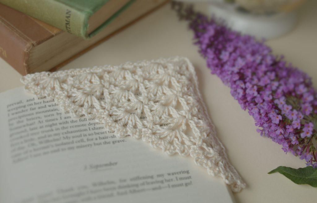 Crochet Lace Bookmark – Free Patterns