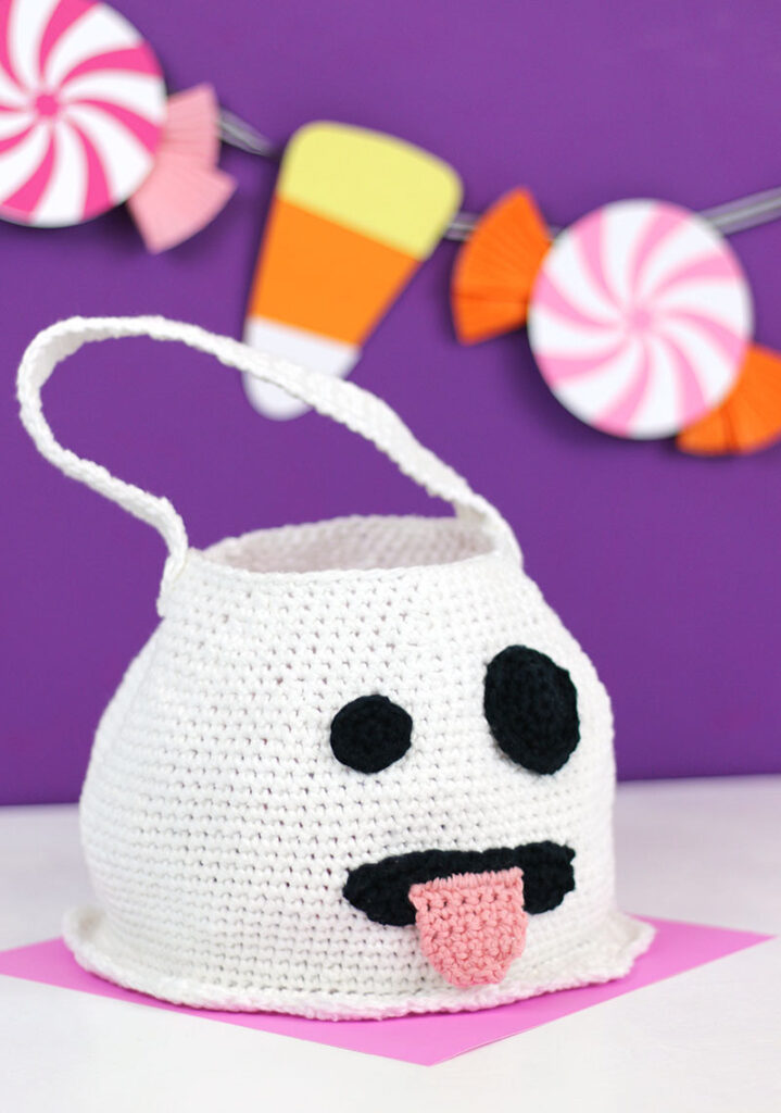 Cute Crochet Halloween Ghost Bag – Free Patterns